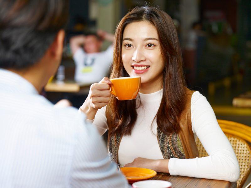 メンズクールカフェ女性1